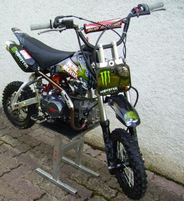 pit bike a vendre 1300 euros mini mx team de franche comt photo vid o de. Black Bedroom Furniture Sets. Home Design Ideas